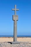 Réplica da cruz plantada por Diogo Cao no tampão Imagem de Stock