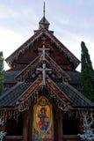 Réplica norueguesa da igreja da pauta musical no Natal Foto de Stock
