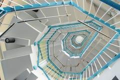 röra sig i spiral trappa Royaltyfri Fotografi