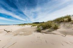 Rörande dyn parkerar nära Östersjön i Leba, Polen Arkivbilder