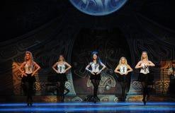 Rörelserytm---Den irländska nationella danssteppet Royaltyfri Foto