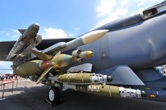 RSAF F-15SG空中优势战斗机的武器系统在显示的在新加坡Airshow 图库摄影