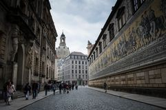 Rstenzug ¼ FÃ в городе Дрездена, Германии стоковое изображение