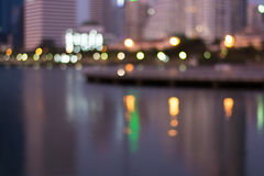 Résumé, bokeh de tache floue de lumière de paysage urbain de nuit, fond defocused Images libres de droits