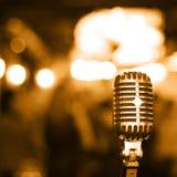 Rétro microphone Images libres de droits
