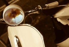 Rétro scooter Photographie stock libre de droits