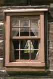 rött fönster Arkivbilder