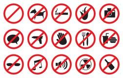 Rött inga tecken och anti-symboler för förbjudna aktiviteter Royaltyfri Fotografi
