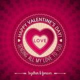 Rött kort för valentindaghälsning med hjärtor, v Arkivfoto
