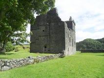 Ruína do castelo de Carnasserie foto de stock