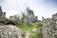 Ruína do castelo de Gymes imagem de stock