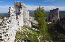 Ruína do castelo Gymes fotografia de stock