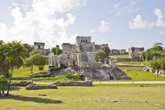 Ruína maia em Tulum imagem de stock