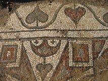Ruínas antigas do mediterrâneo, um mosaico de mármores coloridos foto de stock