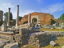 Ruínas da antiguidade, Roma, Itália Fotografia de Stock