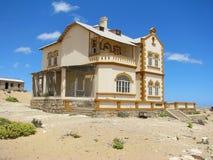 Ruínas da casa na cidade fantasma Kolmasnkop imagem de stock royalty free