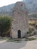 Ruínas da estrutura antiga em Corinth, Grécia foto de stock royalty free
