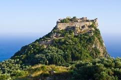 Ruínas da fortaleza de Angelokastro - ilha de Corfu, Grécia foto de stock