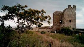 Ruínas da fortaleza Genoese em Feodosia, Crimeia Foto de Stock