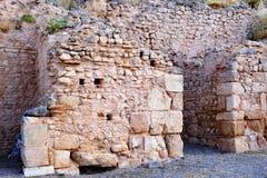 Ruínas da parede de pedra do grego clássico, Delphi, Grécia foto de stock royalty free