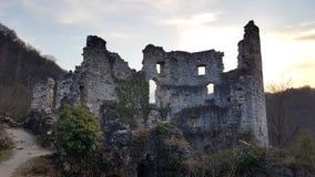 Ruínas da torre do castelo da Croácia velha de Samobor da cidade Imagens de Stock