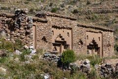 Ruínas das virgens do templo de Sun na ilha da lua fotos de stock