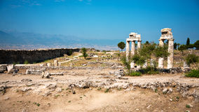 Ruínas de Hierapolis antigo imagens de stock