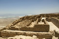 Ruínas de Masada na parte superior da montanha, Israel fotos de stock royalty free