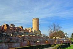 Ruínas de Targoviste com torre do chindia foto de stock