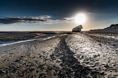 Ruínas de um depósito alemão na praia na maré baixa fotografia de stock