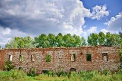 Ruínas de um edifício velho Foto de Stock Royalty Free