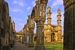 Ruínas de uma mesquita antiga Fotografia de Stock