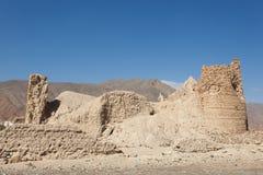 Ruínas de uma vila omanense imagens de stock