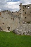 Ruínas do castelo de Beseno, Italy Fotografia de Stock