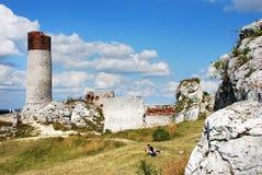 Ruínas do castelo em Olsztyn Fotos de Stock Royalty Free