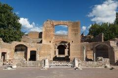 Ruínas do complexo antigo de Hadrian Villa, Tivoli imagens de stock royalty free