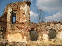 Ruínas do fechamento de Krevsky Tijolo vermelho belarus Foto de Stock