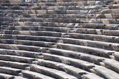 Ruínas do teatro antigo. Assentos somente. Ninguém Fotografia de Stock