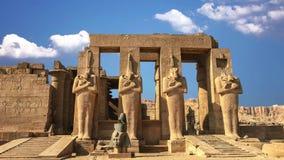 Ruínas do templo antigo bonito de Karnak em Luxor video estoque