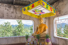 Ruínas do templo antigo em Sangklaburi, Tailândia Fotografia de Stock