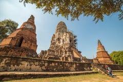 Ruínas do templo de Wat Ratchaburana em Ayutthaya Foto de Stock