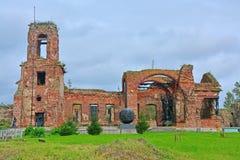 Ruínas do templo do Natal de John o precursor na fortaleza Oreshek perto de Shlisselburg, Rússia Fotografia de Stock