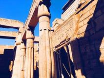 Ruínas em Templo de Luxor foto de stock