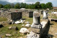 Ruínas em Ulpia Traiana Augusta Dacica Sarmizegetusa 9 foto de stock