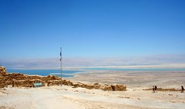 Ruínas famosas da fortaleza antiga de Masada Parque nacional de Masada no deserto de Judean, Israel fotografia de stock royalty free