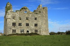 Ruínas irlandesas do castelo Fotografia de Stock