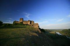 Ruínas medievais velhas da fortaleza na Transilvânia Fotografia de Stock