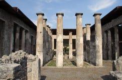 Ruínas romanas antigas de Pompeii imagens de stock royalty free