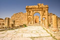 Ruínas romanas de Sufetula perto de Sbeitla, Tunísia Fotos de Stock Royalty Free
