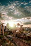 Ruínas romanas famosas em Roma, capital de Itália Foto de Stock Royalty Free
